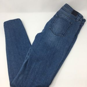 Guess Brittney Skinny Jeans Size 29